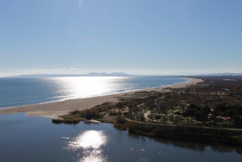 Primera línea de mar. Increibles vistas, vacation rental in Empuriabrava