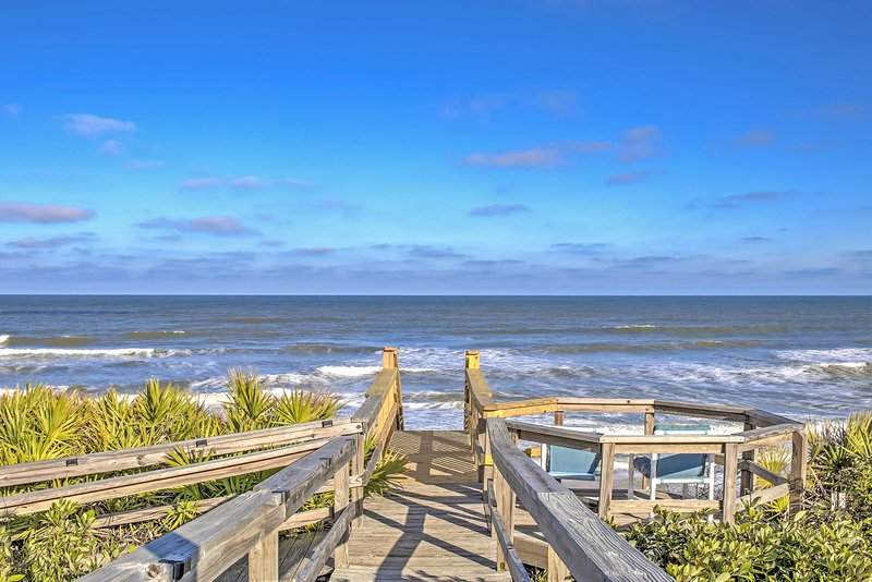 Escape to this beachfront vacation rental house in Ponte Vedra Beach for the ultimate Florida getaway!