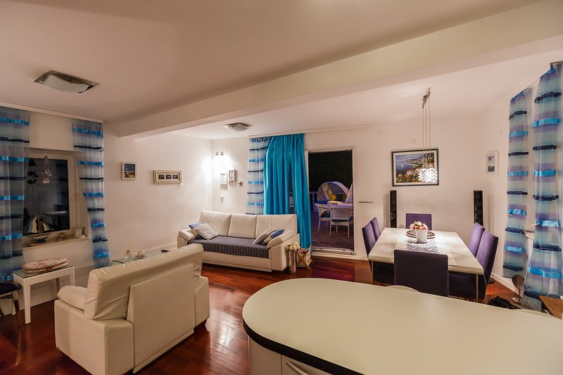 Villa De Blue 3 - Delux apartment just for you, vacation rental in Bol