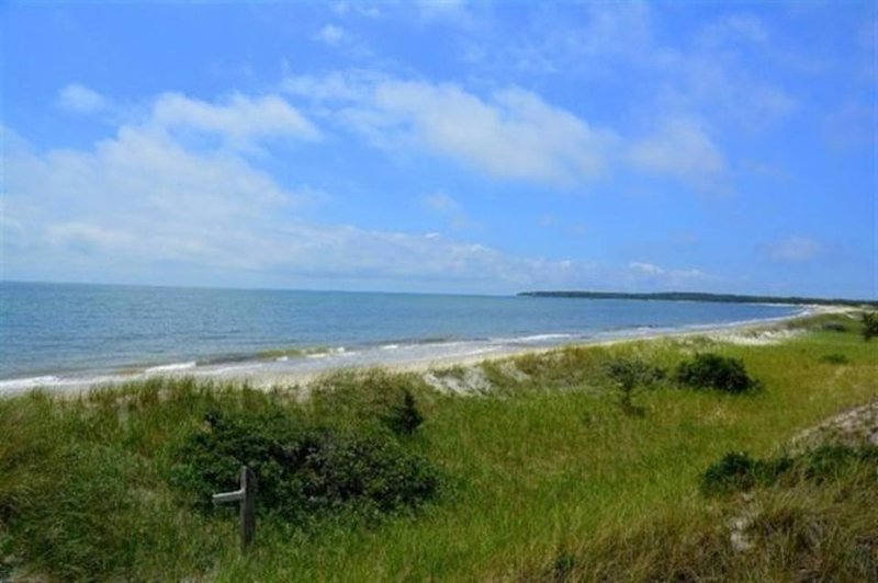 Private White gate beach - accessible only to Great Island owners & renters