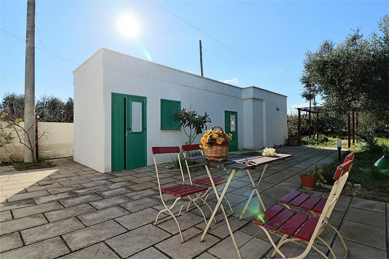 Holiday home with outdoor spaces in Porto Selvaggio in Salento in Puglia, vacation rental in Nardo