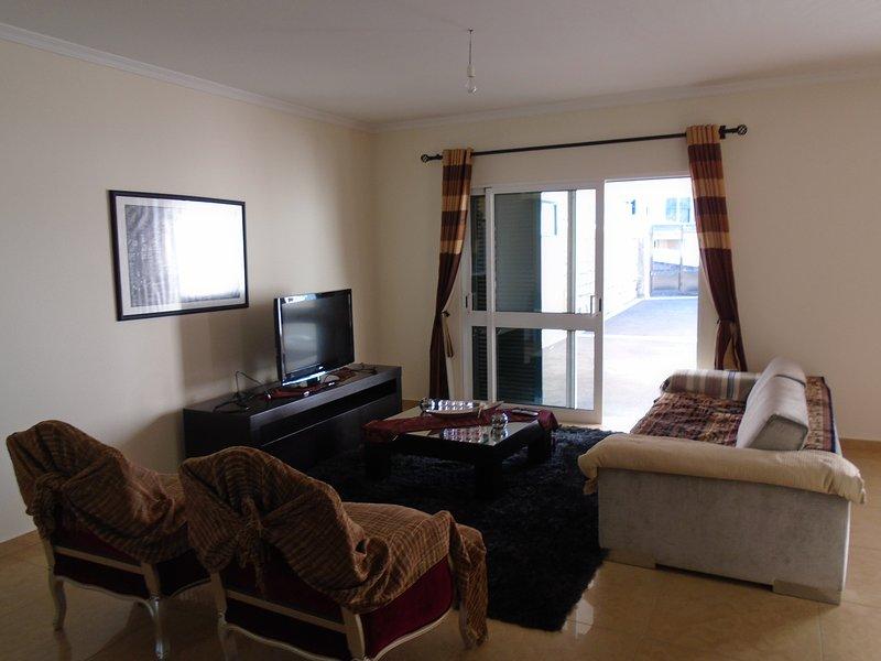 Holiday Home Santo Antonio, holiday rental in Estreito de Camara de Lobos
