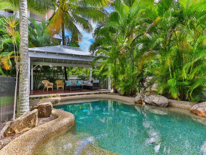 WHITEHOUSE*PALM COVE, holiday rental in Cairns Region