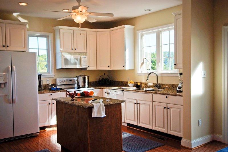 Gourmet Granite Kitchen with Island
