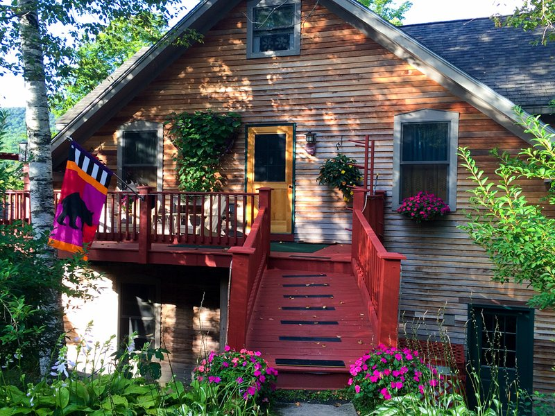 White Birch Cottage (Sugarbush,Madriver,Stowe), holiday rental in Richmond