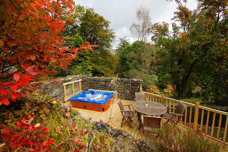 Geräumiges Ferienhaus mit Whirlpool und erstaunliche Gärten