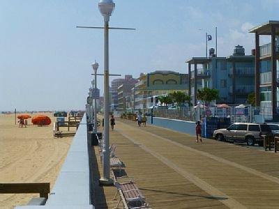 A corta distancia de la famosa Boardwalk OC