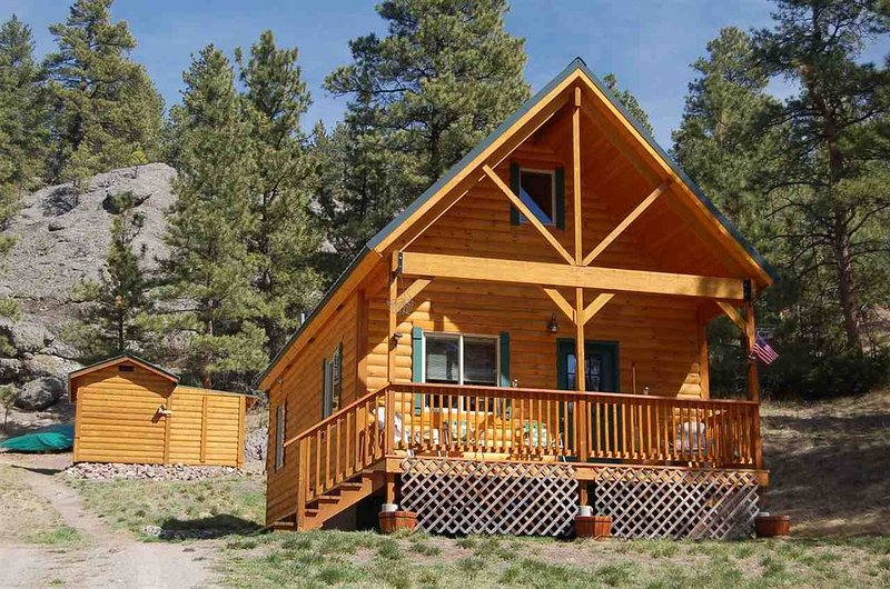 Pristine Cabin minutes from Craig, Cascade... Fish or just Relax, holiday rental in Craig