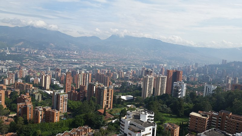 Home away from Home in Medellin, holiday rental in Llano Grande