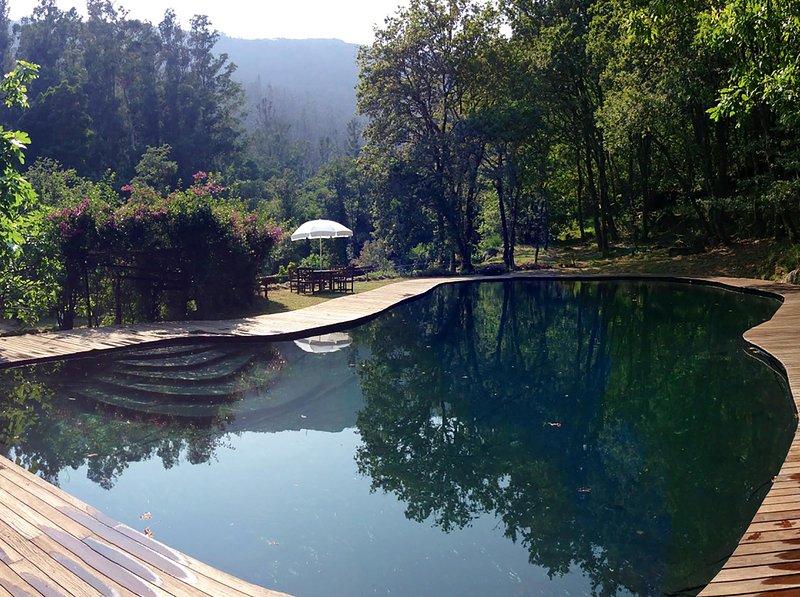 bosque privado con piscinas naturales, holiday rental in Serans