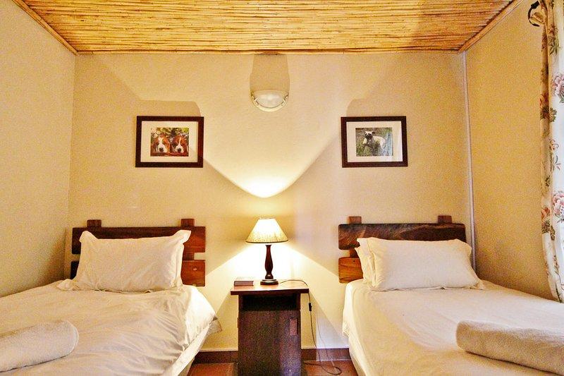 Springbok Self Catering Cottage - Bedroom 2