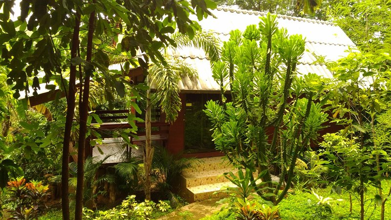 Mae Win Guest House & Resort, holiday rental in Samoeng