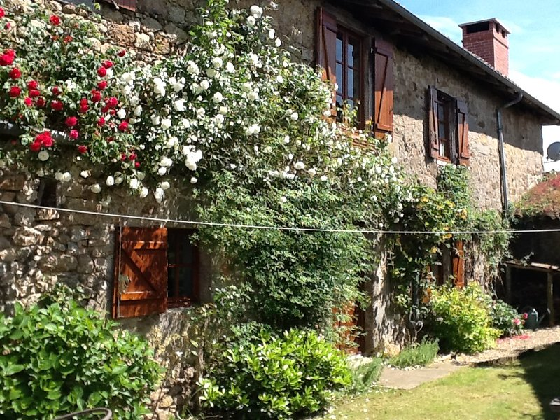 Maison des Roses, holiday rental in Blond