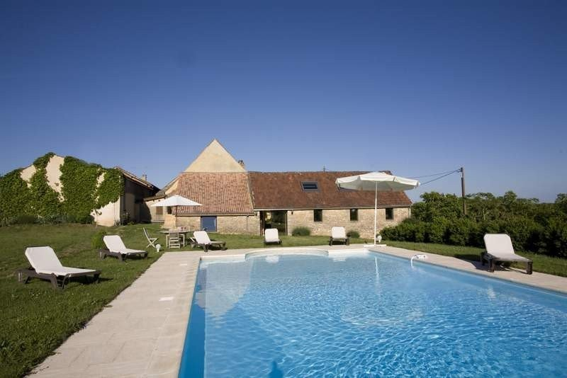 LE CHAI - FORMER WINE WAREHOUSE TRANSFORMED INTO A COMFORTABLE HOUSE, holiday rental in Saint Pompon
