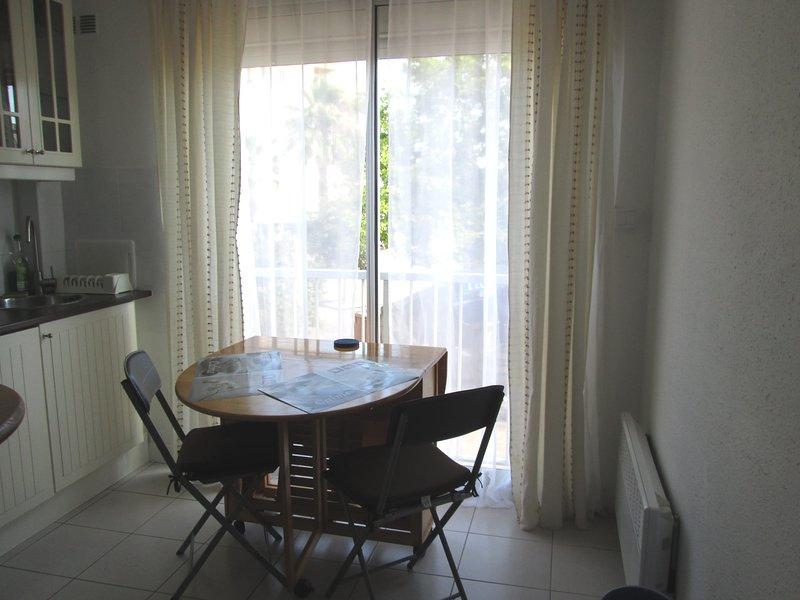 Cosy Studio Apartment, casa vacanza a Cap-d'Agde
