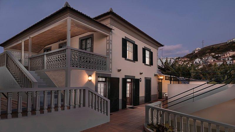 Lucas Home, Ferienwohnung in Canhal