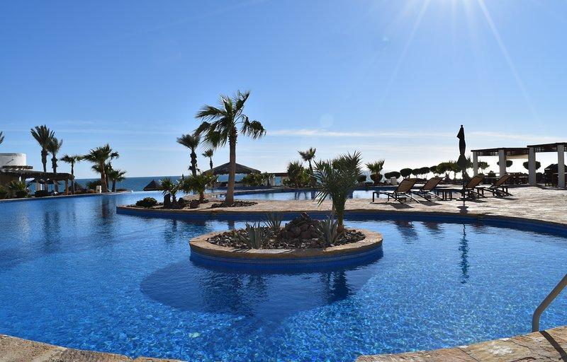 Luna Blanca Villa 04 by Kivoya, vacation rental in Puerto Penasco