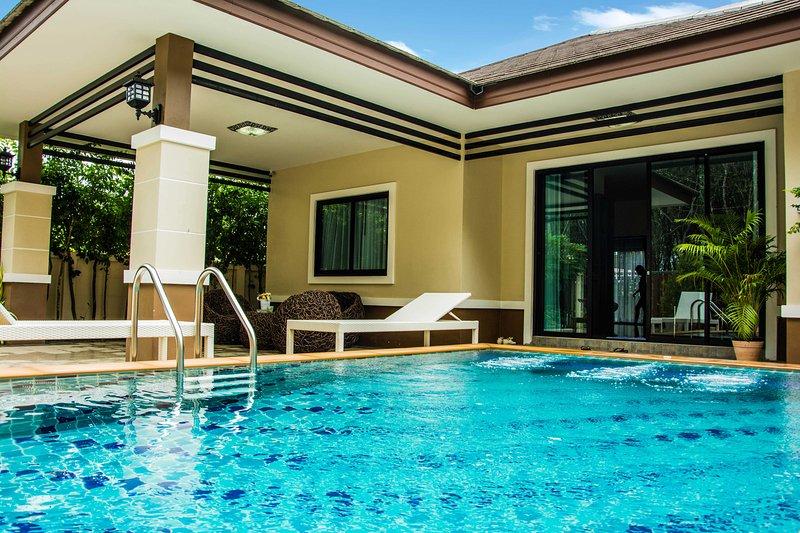 Ihr privater Pool Villa
