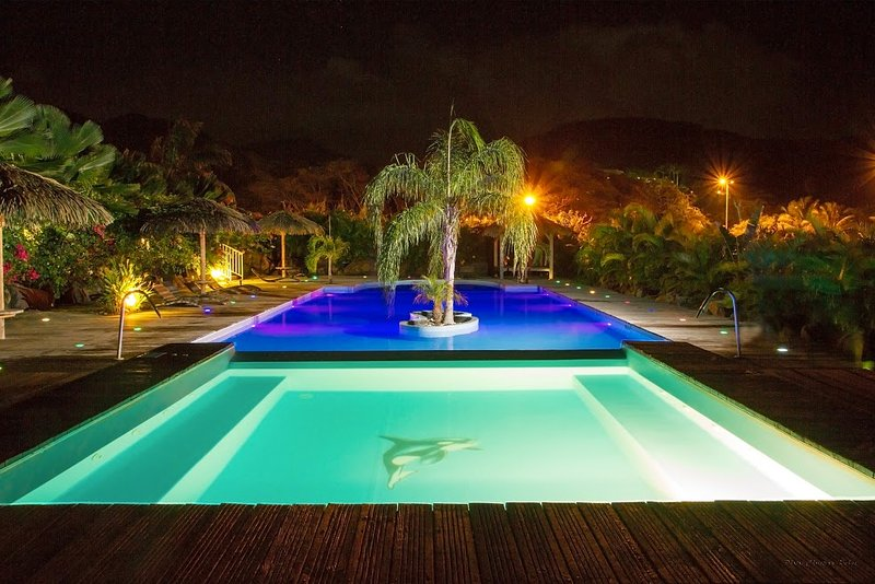 Amazing apartment with shared pool, holiday rental in Bas Vent