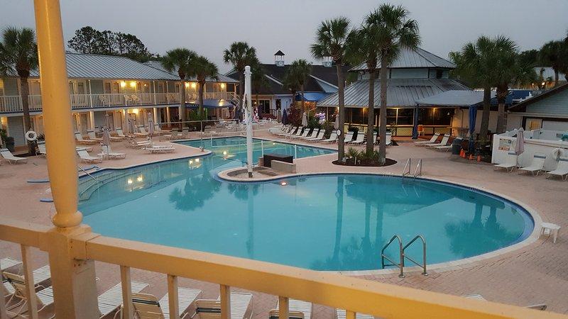 Ropa resort opcional dónde estás libre de ser usted.