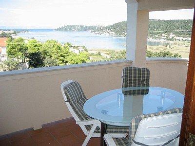 Apartamento terraço com vista para o mar