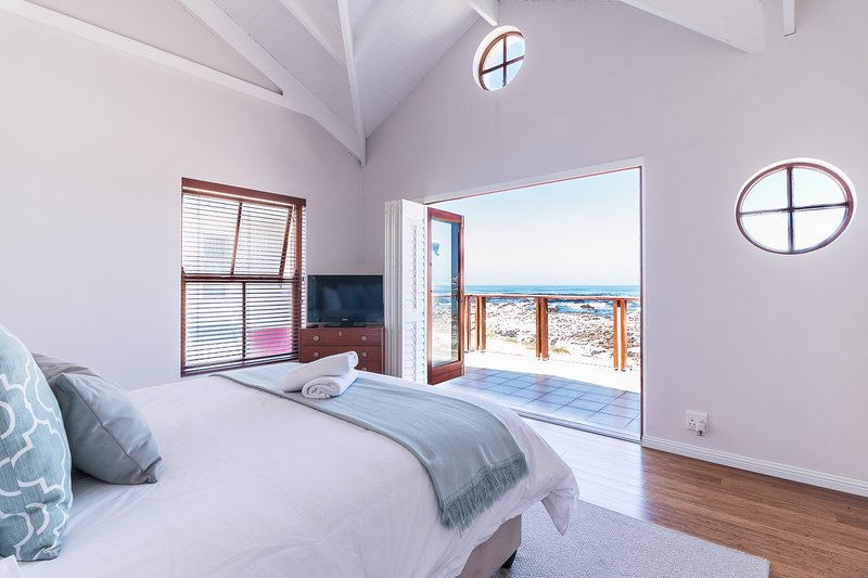Geheim Luxury Seafront Accommodation, casa vacanza a Overberg District