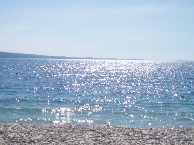 Agua cristalina en Stanici Beach