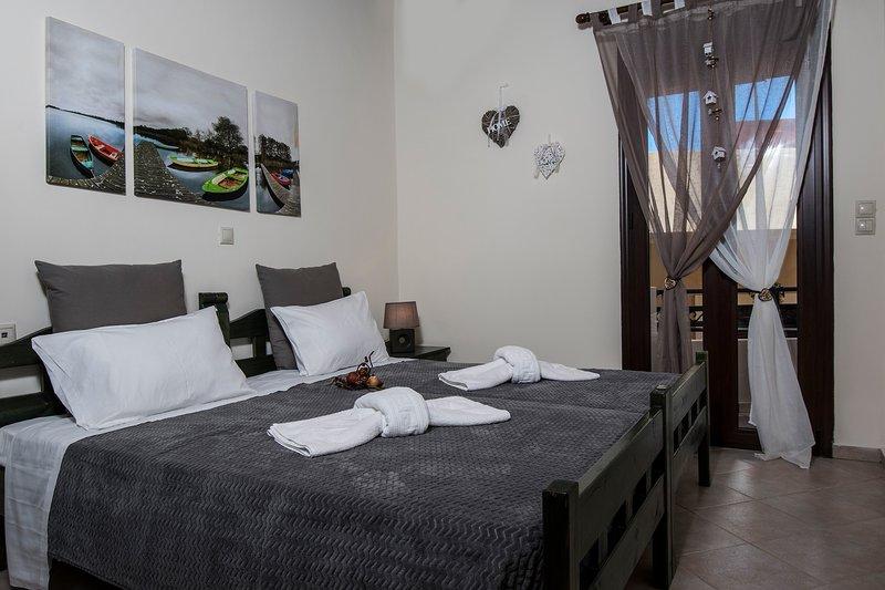 Kyriaki's Cozy Appartments, location de vacances à Agia Marina