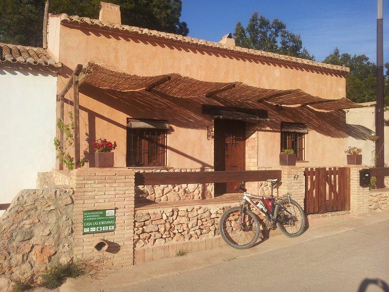 B & B, casa rural Las Jordanas Calblanque. Habitación Malasaña, aluguéis de temporada em Cartagena