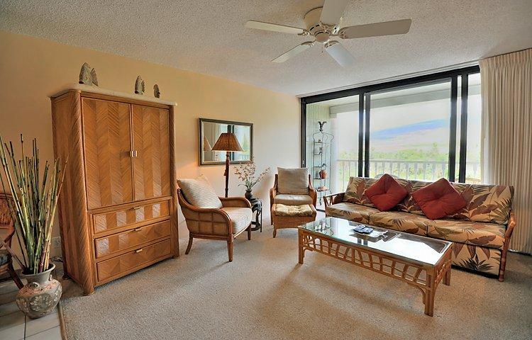 Lahaina Shores #522, vacation rental in Honokaa