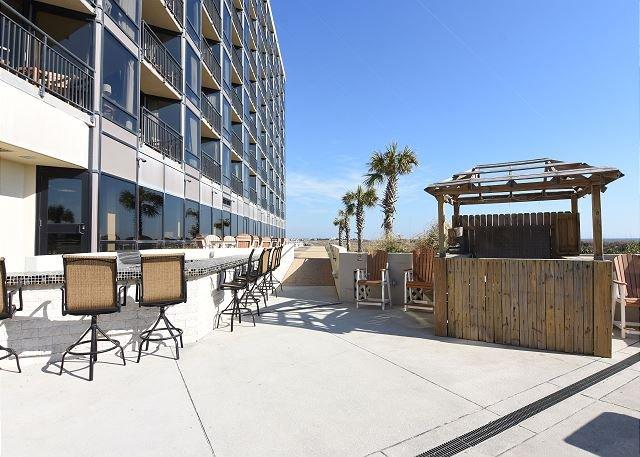 Shell Island Outdoor Deck