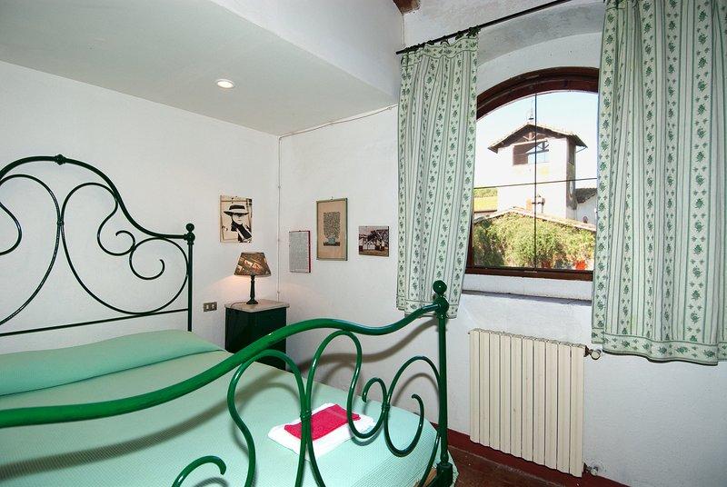 The Granary at Acquisti Farm, holiday rental in Montepescali
