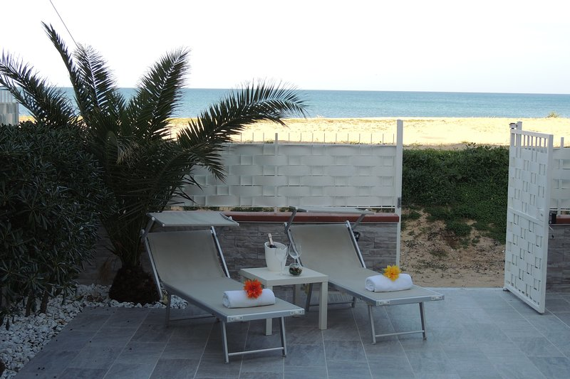 House in front of the beach of Balestrate, vacation rental in Balestrate