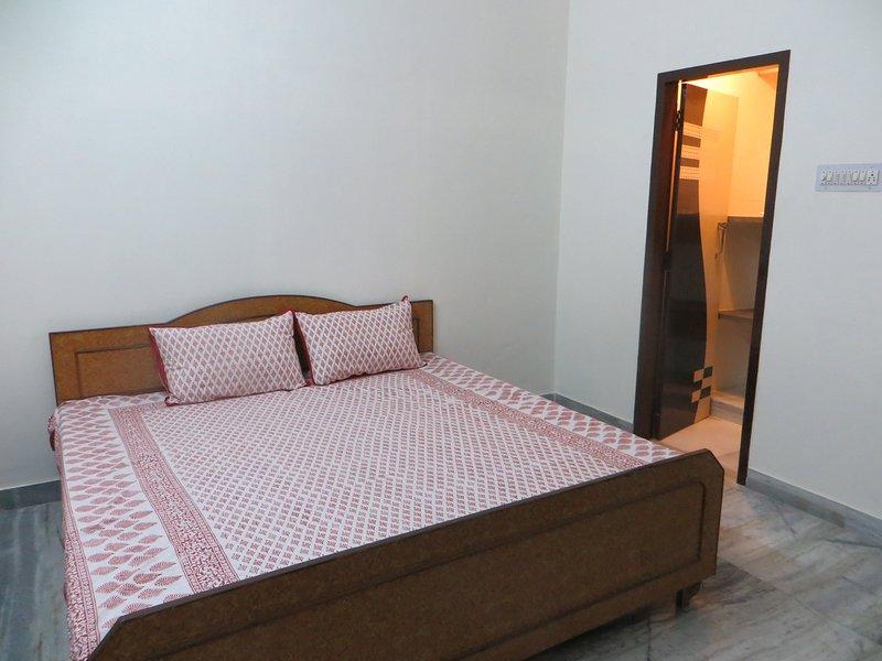 AC Budget  Room, holiday rental in Durgapura
