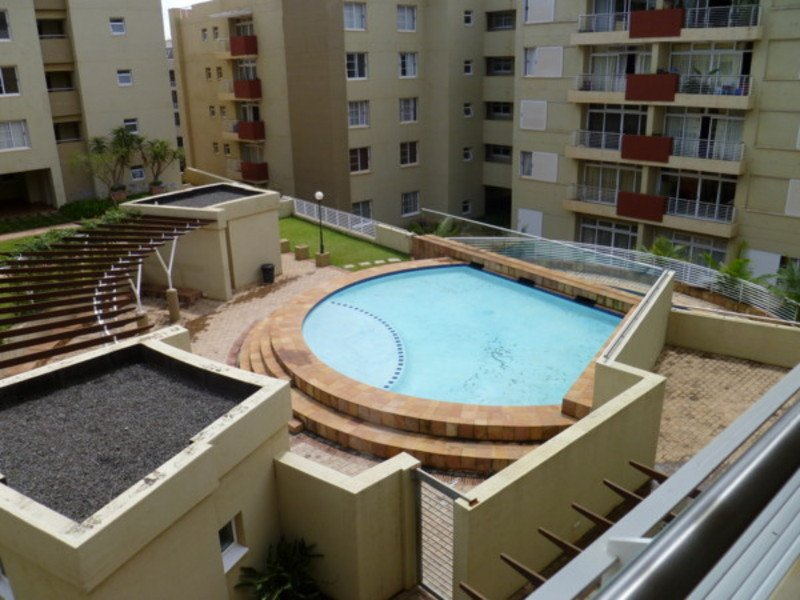 2 Bedroom self catering apartment walking to Gateway mall  &5 min drive beaches, alquiler vacacional en Umhlanga Rocks