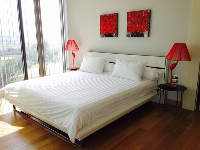 Schlafzimmer 1 mit King Size Bett