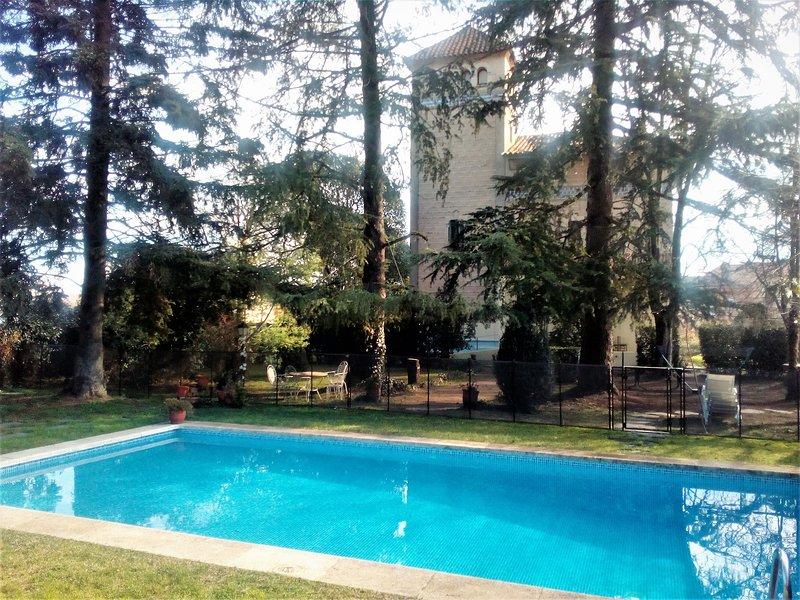 VILLA MARIA 2/3 familles prés de Barcelone, casa vacanza a Breda