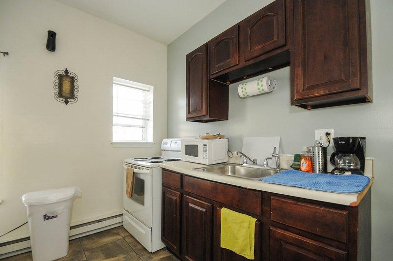 Comer en la cocina completa, todo incluido, cómodo y limpio
