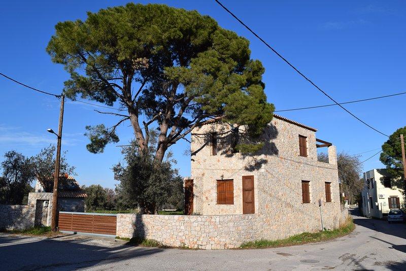 PYRGOS COUNTRY HOME, holiday rental in Ialyssos