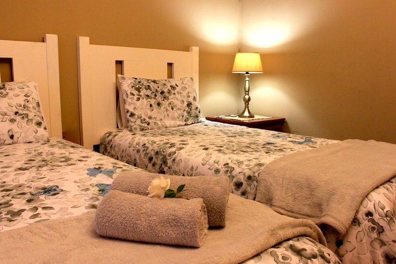khaya4u Guest house (Room4), holiday rental in Dundee