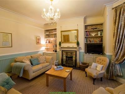 Traditional Homely accommodation & open fire
