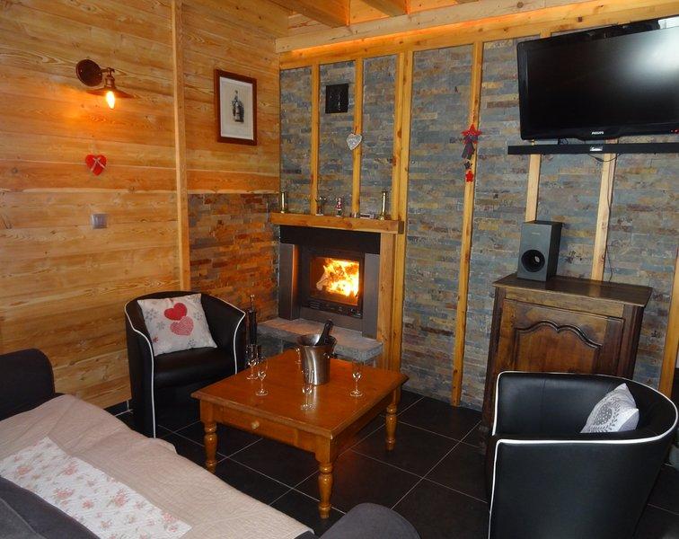 Chalet romantique et douillet, holiday rental in Puy-Sanieres