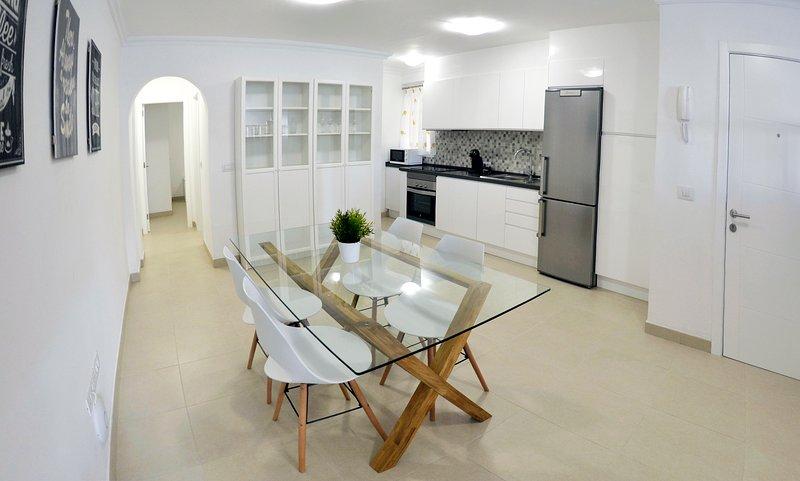 Nuevo y modermo apartamento céntrico en Puerto de la Cruz, location de vacances à Puerto de la Cruz