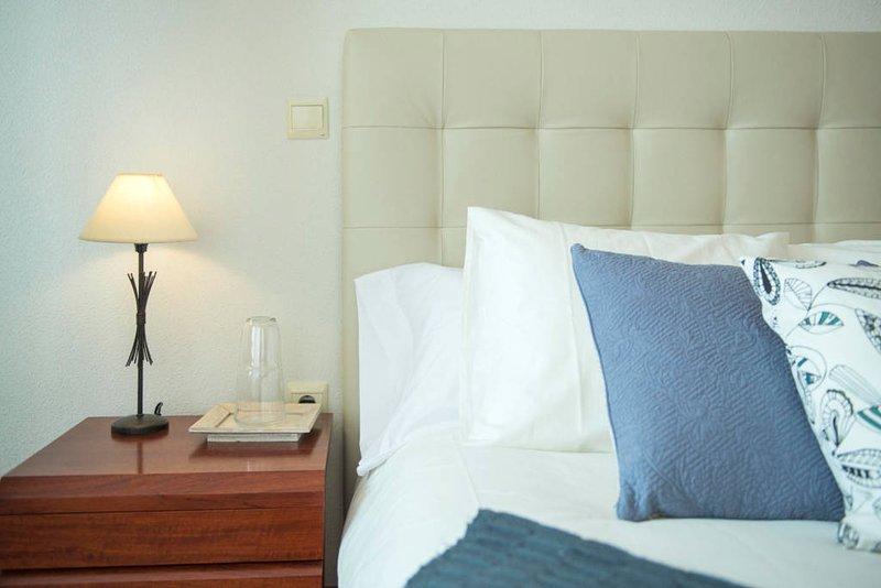 2 DORMITORIOS, PARQUING, WIFI, TOLETUM, vacation rental in Camarena
