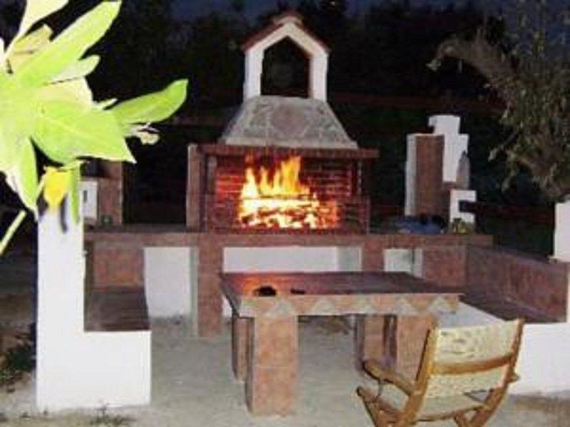 Skiathos Young GuestHouse Double Room, location de vacances à Skiathos Town
