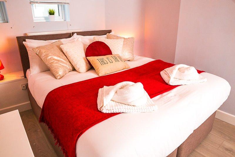 Marina - Double/Twin Room - En-suite, vacation rental in Eastbourne