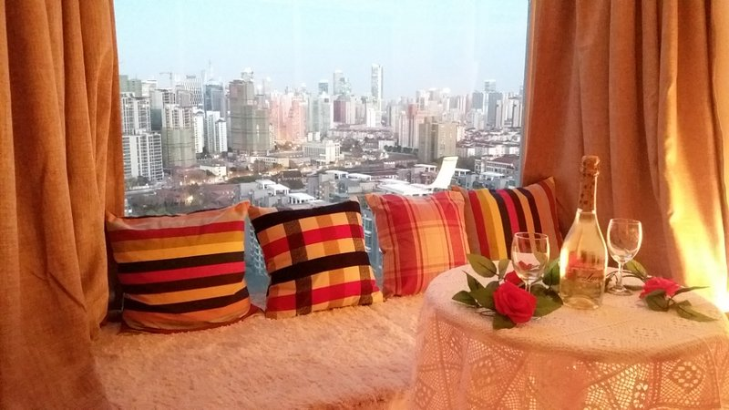 Shanghai Downtown Big Newly Decorated &Furnished, Riverside Apt,Good Location,Perfect View-Balcony