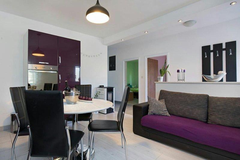 LA PERLA APARTMENT 5 person, holiday rental in Brusje
