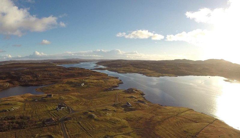 Luftaufnahme von Taigh Solas, Hacklete, Great Bernera