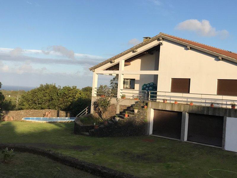 Casa das Hortências, Ferienwohnung in Rabo de Peixe